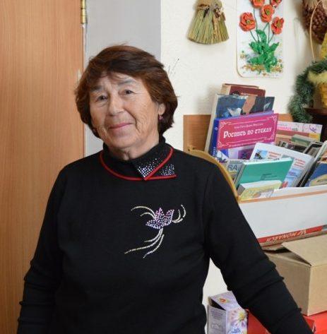 Любовь Непешкуева руководитель клуба Садовое искусство