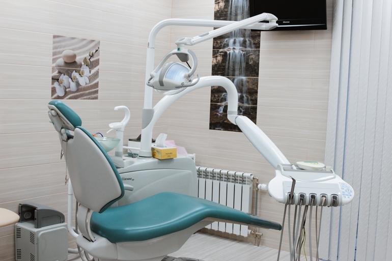 почему болит зуб после лечения кариеса глубокого пришеечного