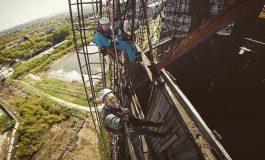 «Люди падают и умирают, это нормально»: промышленный альпинизм по-хабаровски