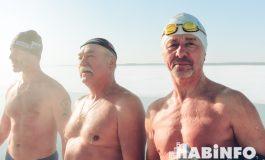 Хабаровские «моржи»: «Зимой мы ходим не в баню, а прыгаем в ледяную воду»