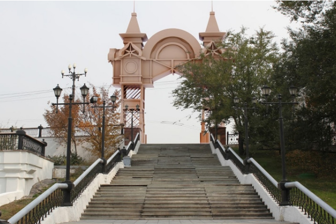 триумфальная арка хабаровск