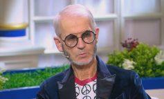 """Стильный дед в очках от Prada получил благодарность от депутата """"с кружкой молока"""""""