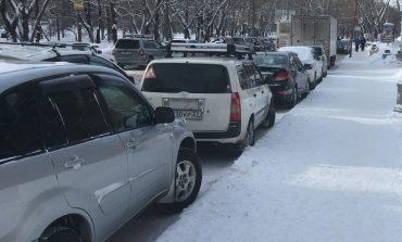 Автолюбителей прогонят с городских остановок Хабаровска