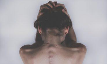 Если болит спина: к какому врачу обратиться?