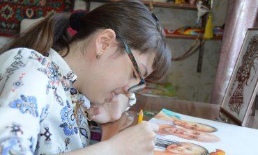 Диана Слипецкая: как почти ничего не видя нарисовать картину и вдохновлять других