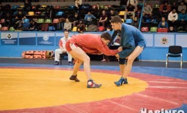Бои продолжаются: прямая трансляция второго дня чемпионата России по самбо