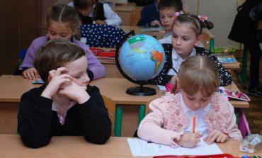 """Хабаровские родители """"за"""" пятидневку в школах, но до их мнения никому нет дела"""