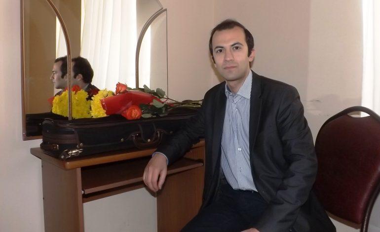 Романтичная скрипка: музыкант мирового уровня Гайк Казазян выступил в Хабаровске