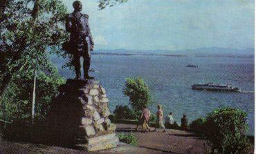 Как адмиралу Невельскому прописаться на своей набережной