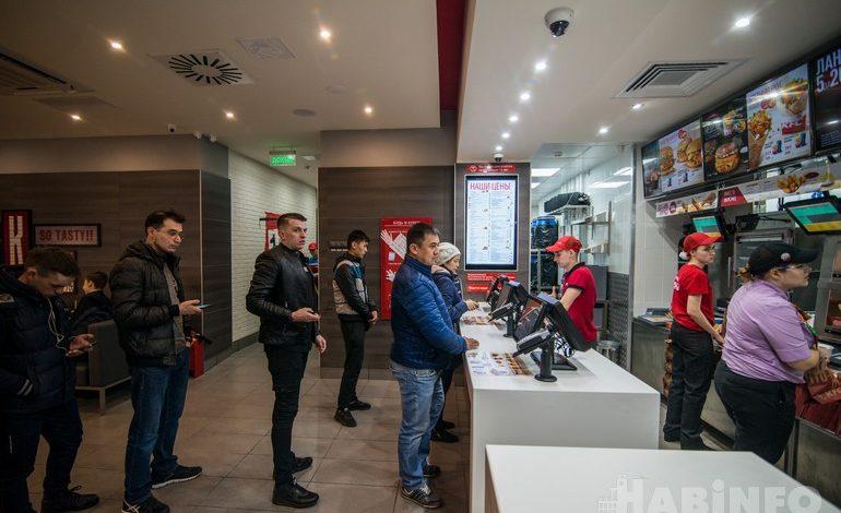 Первое кафе KFC в Хабаровске: без драк и больших очередей (ФОТО и ВИДЕО)