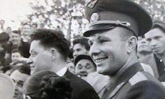 «Юра, мы всё... сохранили»: потерянная звезда Гагарина и спорное дерево