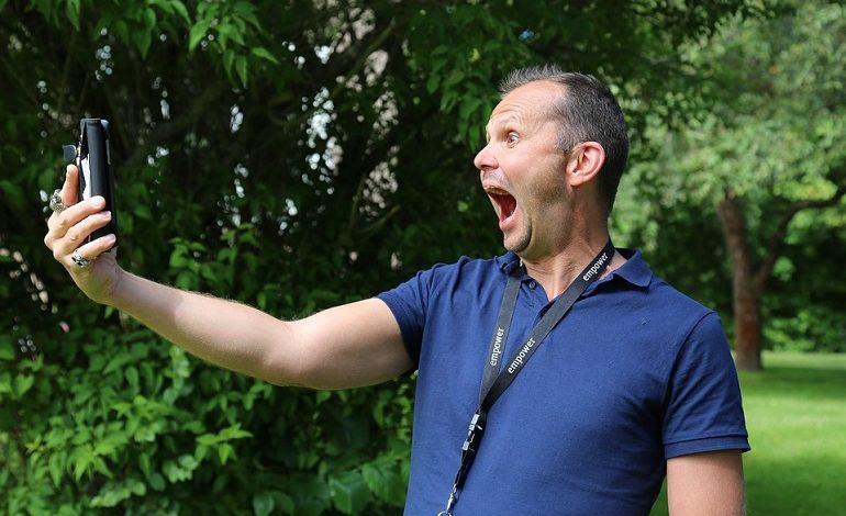 Профессиональная фотосессия в подарок: конкурс «Майское селфи» от «Хабинфо»