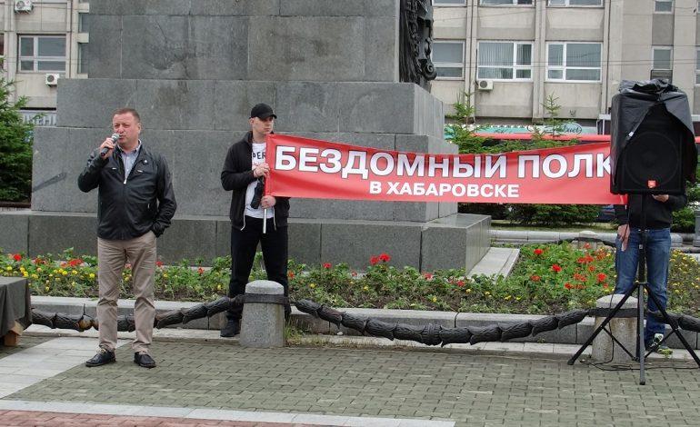 Докричались: на третьем митинге к дольщикам вышел министр строительства края