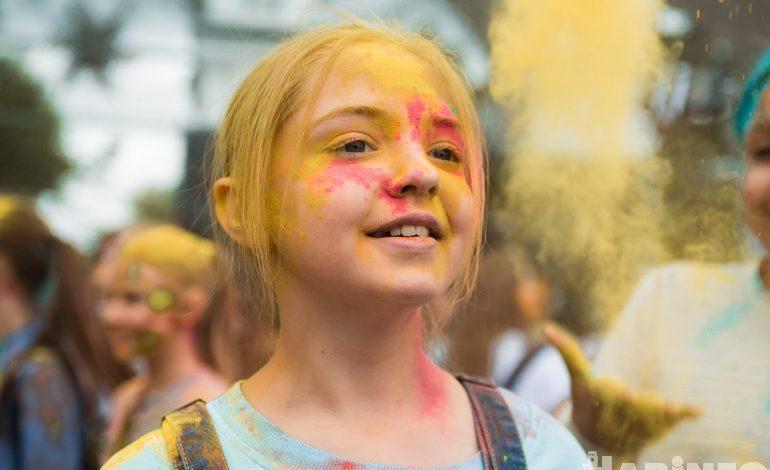5 тонн краски и 9 часов драйва: Дальневосточный фестиваль красок близко!