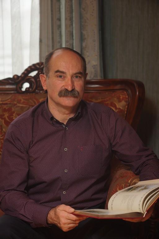 Валерик Хидиров хабаровск