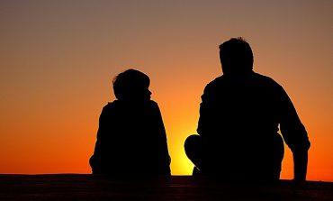 Должен ли отец платить алименты после 18 лет, если ребенок учится