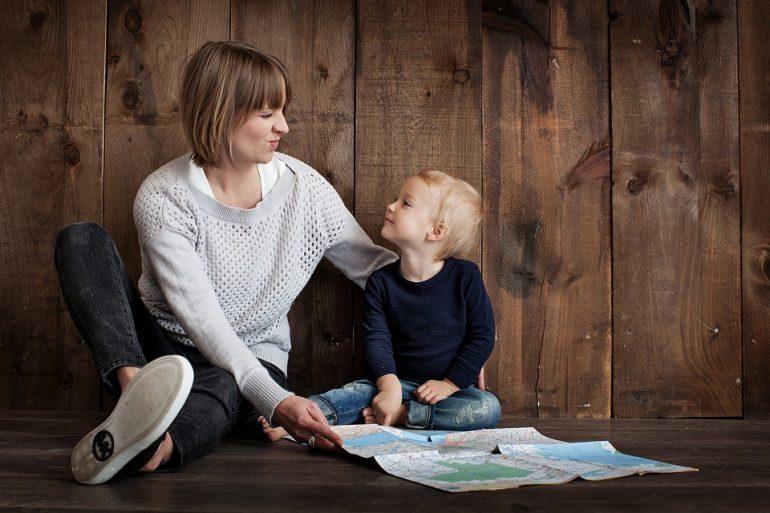 Как привить ребёнку уважение к старшим