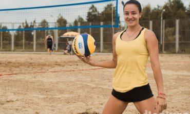 Хабаровчане выбирают лучшую команду по пляжному волейболу