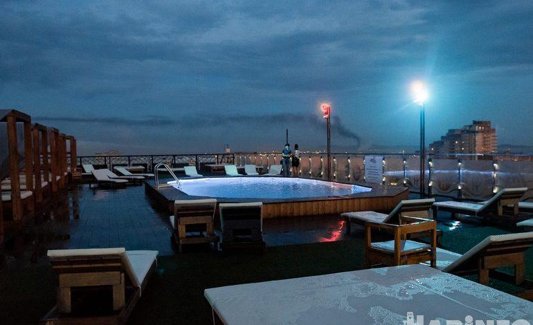 «Санта-Барбара» в Хабаровске: бассейн на крыше, танцпол и бары