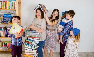 Учимся дома: в многодетной семье Сивковых 1 сентября в школу никто не пошел