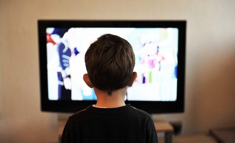 Остаться без телевидения: у кого с нового года погаснут экраны