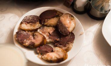 Колбаса из конины и другие блюда Киргизии на фестивале «Кухня без границ»