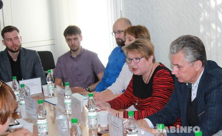 Играют ли дети Хабаровска в суицидные игры — обсуждение общественников