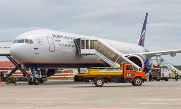 Хабаровчане стоят в очередях за дешёвыми авиабилетами