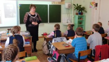 Несмотря на запреты, поборы в школах продолжаются