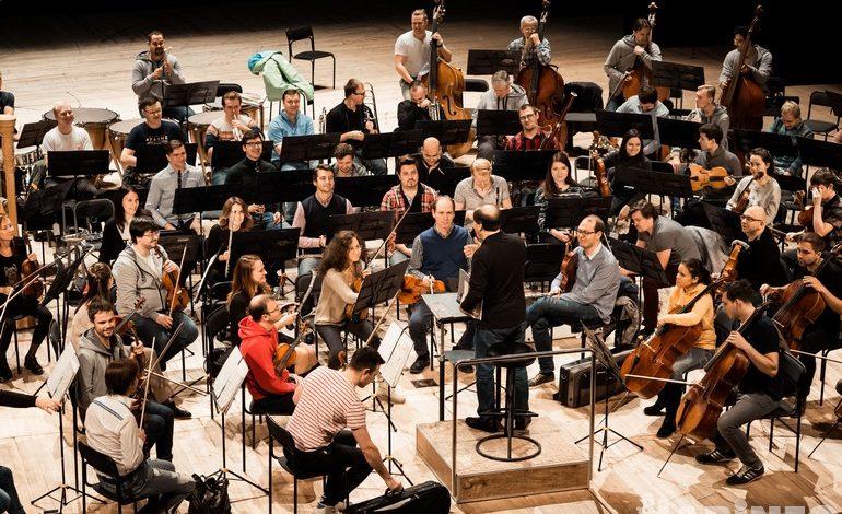 Павел Коган и Московский симфонический оркестр впервые сыграли в Хабаровске
