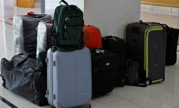 Вези меньше — плати больше: туристов ограничат в шопинге