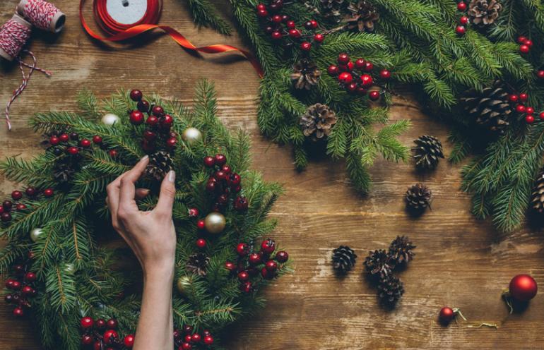 Как украсить квартиру перед Новым годом
