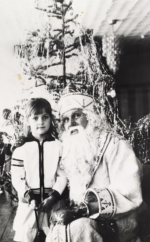 ГОЛОСУЙ за лучшее новогоднее советское фото!