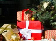 Без намеков: что подарить девушке на Новый год