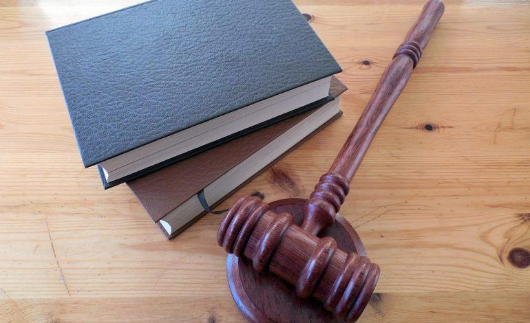 Можно ли, не обращаясь к юристам, выиграть дело в суде самостоятельно?