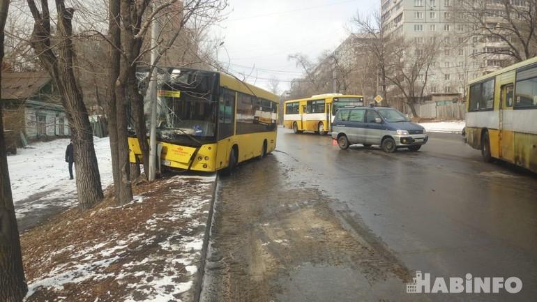 автобус дтп хабаровск 1