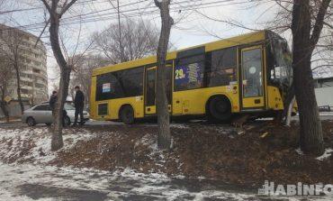 Опасные городские автобусы: 81 ДТП в год и 107 человек с ранениями