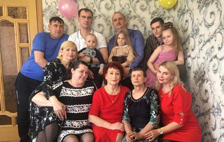 Любовь из села Малышево: гены и хорошее воспитание передаются по наследству