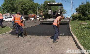 Работа по 12 часов в день: сколько в Хабаровске отремонтировали дорог