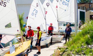 По Амуру под белым парусом: соревнования юных яхтсменов прошли в Хабаровске