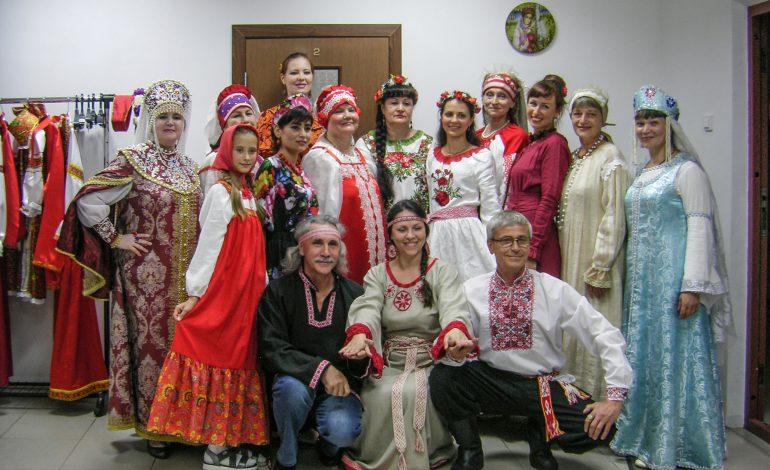 Матрёшкин дом: в Хабаровске открылась необычная студия прикладного искусства