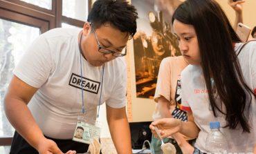 Китайцы за обе щеки уплетали: в Хабаровске впервые устроили шоу вареников