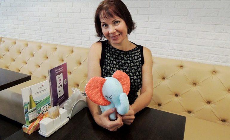 «Игрушки от Кирюшки»: Анна Кошелева превратила трудности в любимое хобби