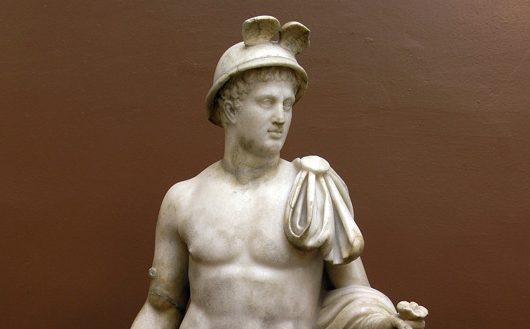 Статуя Гермеса из собрания Дальневосточного художественного музея