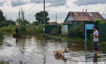 Паводок в Хабаровске теряет силу, но может случиться и его пятая волна