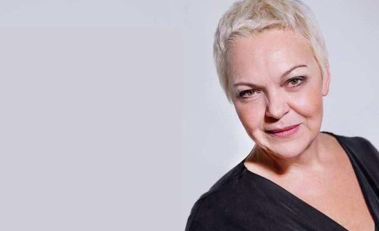 Психолог Елена Новосёлова вразумит хабаровчан и поможет преодолеть кризис (18+)