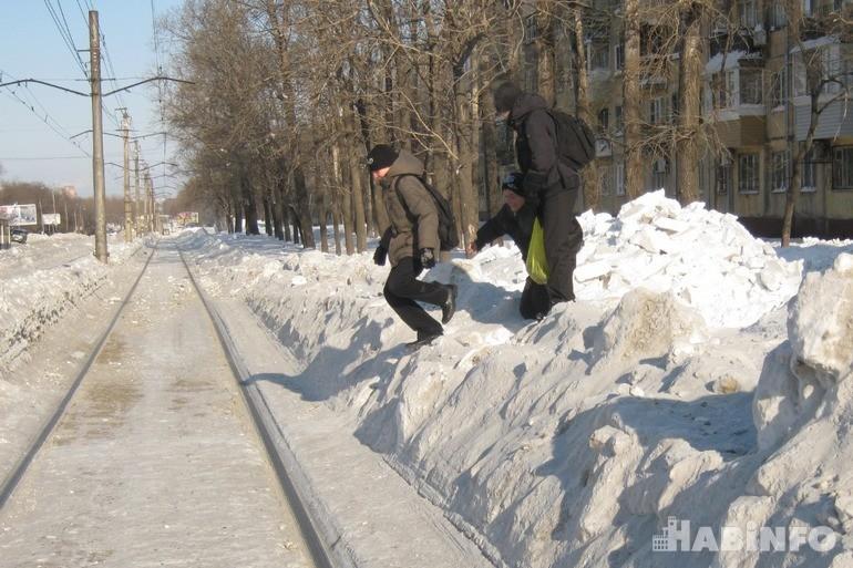 Этой зимой от снега почистят только четверть дорог в Хабаровске