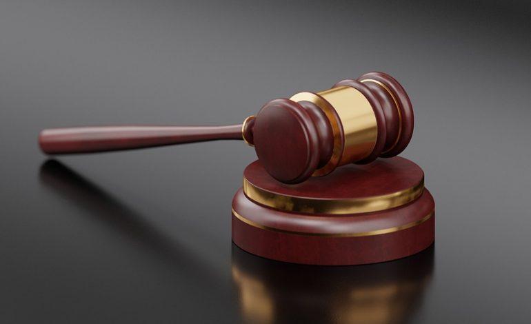 Нужно ли ходить в суды самому, если у вас есть адвокат или юрист?