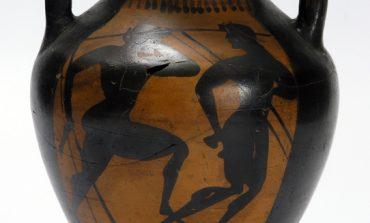 Тема спорта в изобразительном искусстве: Панафинейская амфора из собрания Дальневосточного художественного музея