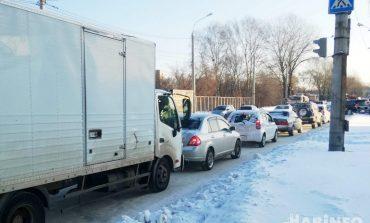 Будем ждать, пока растает? Хабаровск снова страдает от снегопада